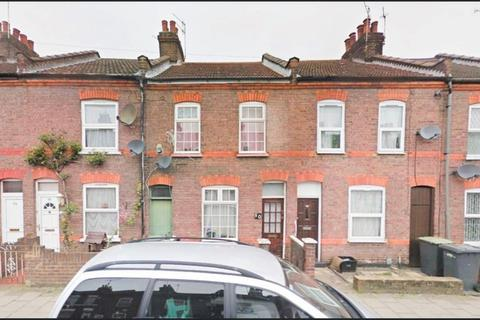 3 bedroom terraced house to rent - Oak Road, Luton, LU4.....