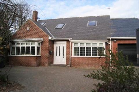 4 bedroom detached house to rent - Springwell Road, Durham