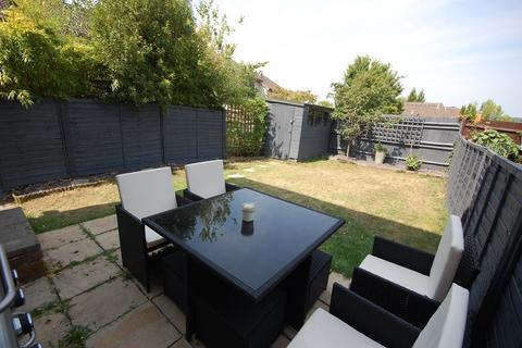 1 bedroom ground floor maisonette for sale - St Peters Gardens, Wrecclesham, Farnham, GU10