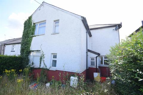 3 bedroom semi-detached house for sale - West Avenue, Caerphilly