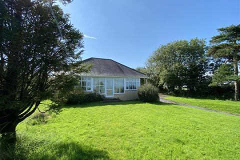 4 bedroom detached bungalow for sale - The Pines, Wiston, Haverfordwest