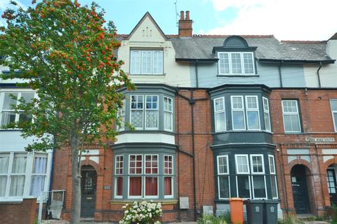 8 bedroom villa for sale - Fosse Road South, Leicester