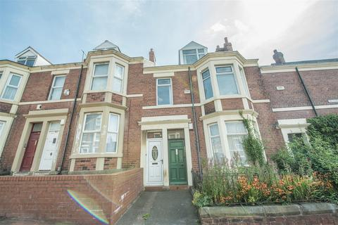 4 bedroom flat for sale - Grasmere Street West, Gateshead