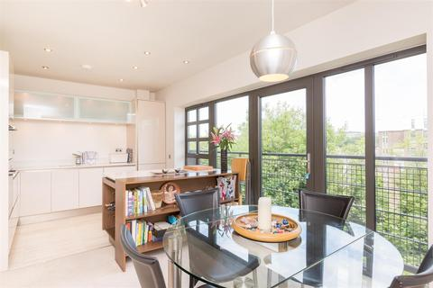 3 bedroom terraced house to rent - Stroudley Road, Brighton, BN1 4BH