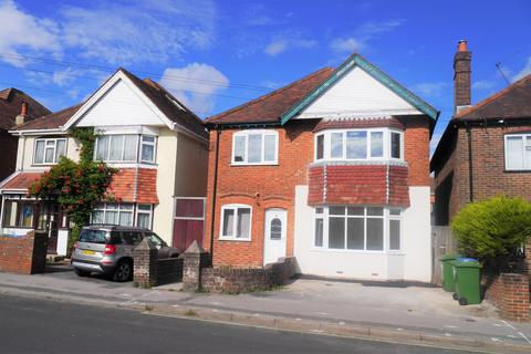 4 bedroom detached house to rent - Southampton