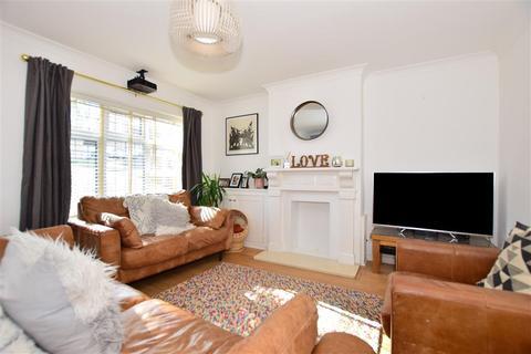 3 bedroom semi-detached house for sale - Shelton Close, Tonbridge, Kent