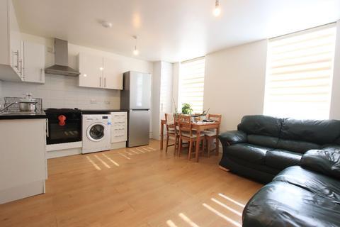 2 bedroom flat to rent - Fore Street, Edmonton N9