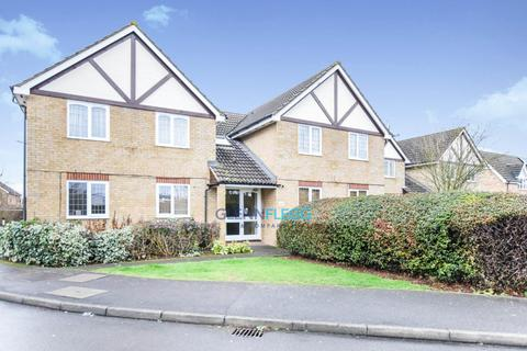 1 bedroom ground floor flat for sale - Langley - One Bedroom With Parking - Close To Station