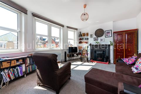 2 bedroom apartment for sale - Grand Parade, Green Lanes, London, N4