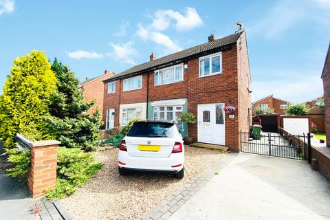 3 bedroom semi-detached house to rent - Frensham Drive, Castleford, WF10 3RQ