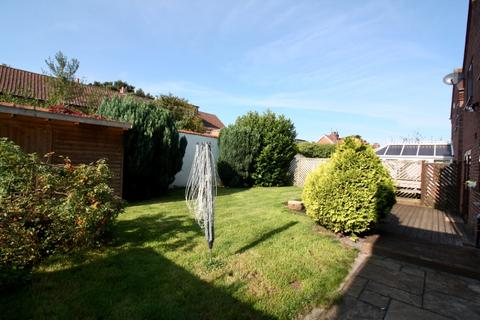 4 bedroom detached house to rent - The Mews, Flaxton Road, , Strensall, YO32 5UL