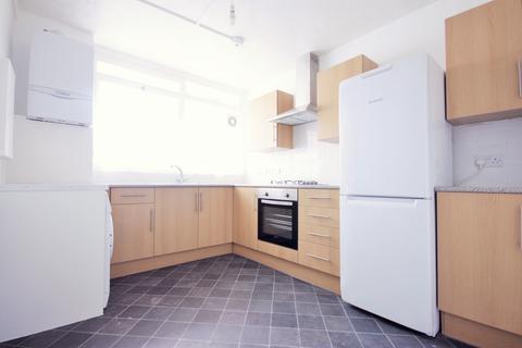 3 bedroom flat to rent - Shelly Avenue, Mile End, Whitechapel E3