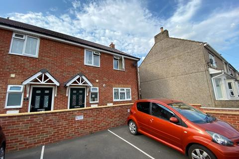 3 bedroom end of terrace house to rent - Caulfield Road, Gorse Hill, Swindon, SN2 8BS