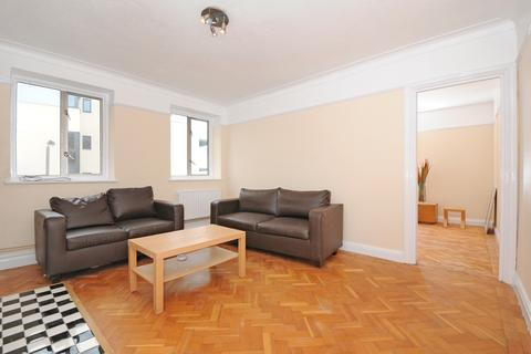 2 bedroom flat to rent - Marion Court, Tooting High Street Tooting SW17