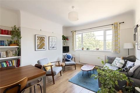 2 bedroom flat for sale - Cameford Court, New Park Road, London, SW2