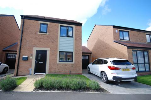 3 bedroom semi-detached house for sale - Merlay Court, Newcastle Upon Tyne