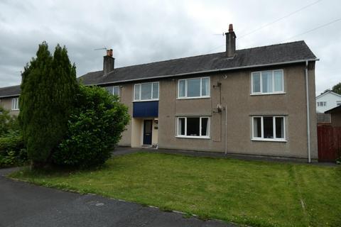 2 bedroom ground floor flat - Howgill Close, Burneside, Kendal, LA9 6QJ