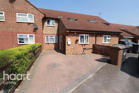 3 bedroom terraced house to rent - Runham Close, Luton