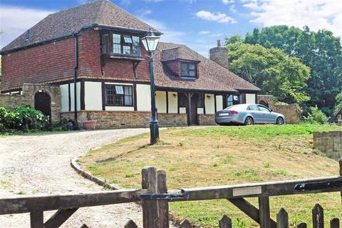 3 bedroom detached house for sale - Button Street, Swanley, Kent
