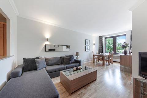 2 bedroom flat to rent - Whitehouse Apartments, Belvedere Road, London, SE1