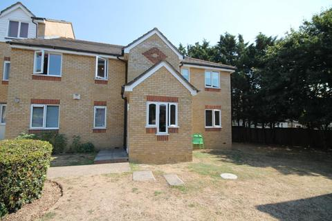 1 bedroom flat for sale - Redford Close, Feltham, TW13