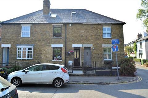 3 bedroom terraced house for sale - Melrose Road, WEYBRIDGE, Surrey