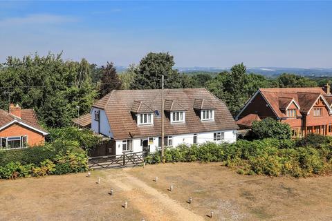 5 bedroom detached house for sale - Forest Road, Nomansland, Salisbury, Wiltshire, SP5
