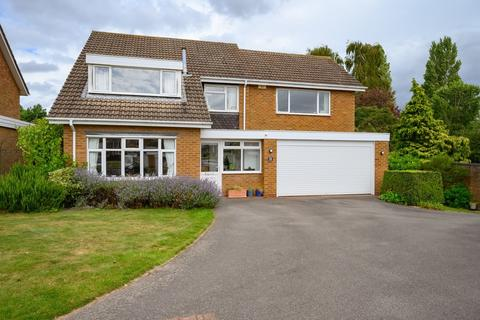 5 bedroom detached house for sale - Spiers Close, Knowle