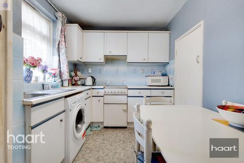 3 bedroom flat for sale - Hazelhurst Road, London