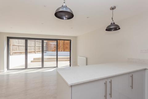 2 bedroom flat for sale - Brockley Rise, SE23