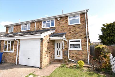 3 bedroom house to rent - Farmers Close, Maidenhead, Berkshire, SL6
