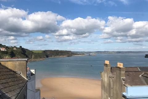 2 bedroom apartment for sale - Caldey View, 37 High Street, Tenby