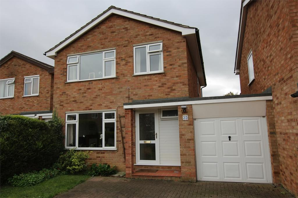 4 Bedrooms Detached House for sale in Flexmore Way, Langford, Bedfordshire