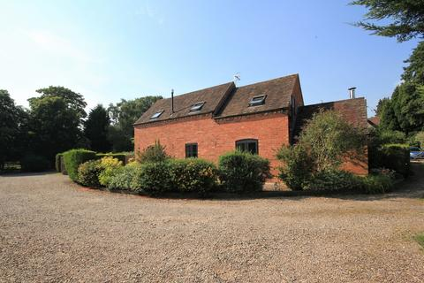 3 bedroom barn conversion to rent - Himbleton, Droitwich