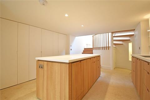 3 bedroom terraced house to rent - Portugal Place, Cambridge, CB5