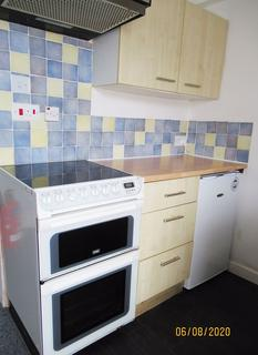1 bedroom apartment to rent - Beach Road, Fairbourne