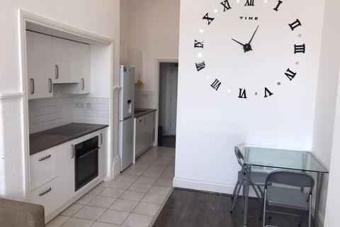 1 bedroom property to rent - Crocketts Lane, Smethwick