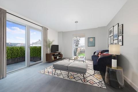 2 bedroom flat for sale - Hayes Village,Nestles Avenue, Hayes