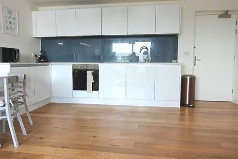 2 bedroom apartment to rent - Hatbox, Munday Street