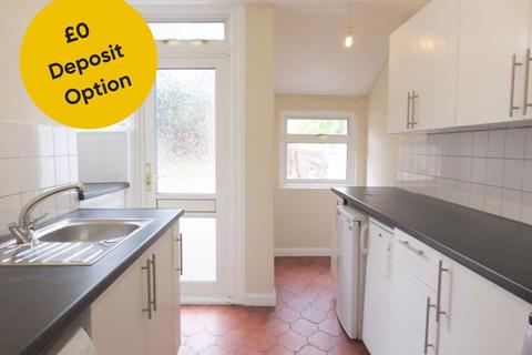 3 bedroom terraced house to rent - Coombe Road, Brighton