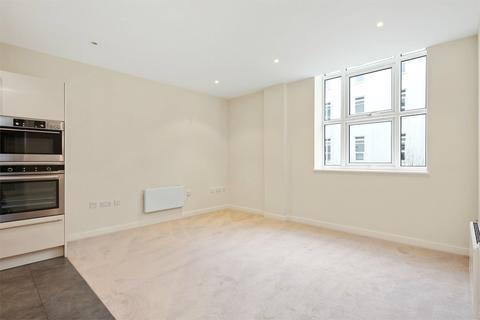 2 bedroom apartment for sale - Bromyard House, Bromyard Avenue, Acton, W3