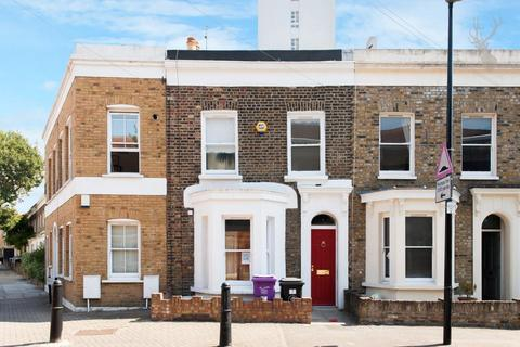 3 bedroom terraced house for sale - Spanby Road, Bow, London