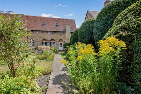 4 bedroom character property for sale - St Michaels, Priory Road, OX12