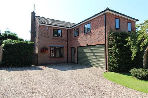 4 bedroom detached house for sale - Thornham's Way, Elloughton, Brough