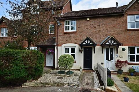2 bedroom terraced house to rent - Frobisher Mews, Gloucester
