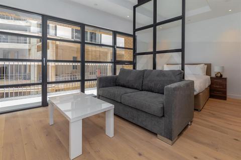 Studio to rent - Astell House,  Lyell Street, London City Island