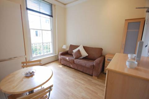 1 bedroom flat to rent - St. Petersburgh Place, Bayswater, W2