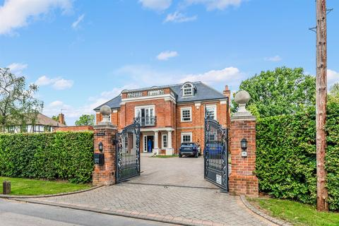 6 bedroom detached house for sale - Sandy Lane, Kingswood, Tadworth
