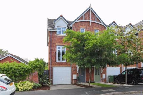 4 bedroom townhouse for sale - Scholars Drive, Cheadle Heath, Stockport