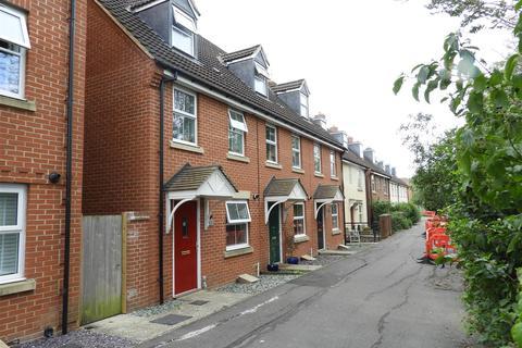 3 bedroom townhouse for sale - Lavinia Walk, Taw Hill, Swindon